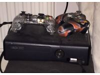 Xbox360 slimline 250gb 13 games 2 controllers