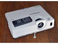 HITACHI XGA, LCD Projector