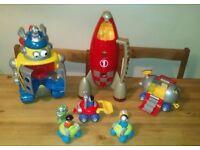 Happyland Robot, Rocket, Space Vehicles and Figures