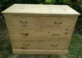 Fabulous craftsman made solid pine chest of drawers