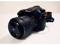 Sony A77 - DSLR Camera - A-Mount Camera with APS-C Sensor (16 - 80 mm Zoom Lens)