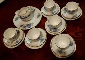 ROYAL VALE 21 PIECE BONE CHINA TEA SET