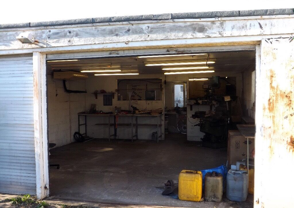 Motorbike Garage Workshop For Rent In Heathrow London