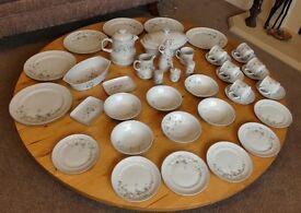 White Blossom Brazilian Porcelain Real Dinner / Tea Set