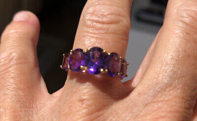 VINTAGE 9CT GOLD & AMETHYST RING