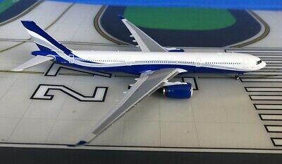 Hi Fly (Untitled) Airbus A330-900Neo CS-TKY 1/400 scale diecast Phoenix Models