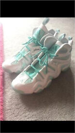 Crazy 8 basketball shoes