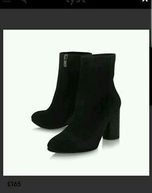 Brand new Smile ladies boots Carvela by Kurt Geiger