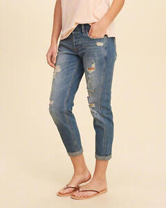 Hollister Low-Rise Boyfriend Jeans- NWT