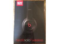 Beats solo 2 wireless headphones in Black