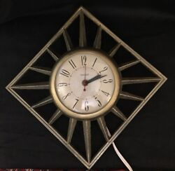 Retro MidCentury United Wall Clock Model No 81 Diamond Starburst