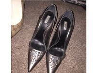 Ladies Prada heels size 6 worn only a couple of times very good condition £60