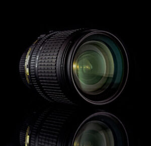Nikon 18-105mm F/3.5-5.6 AF-S DX VR ED Nikkor Lens for sale