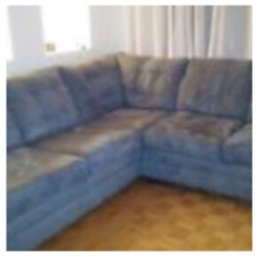 Grey Sectional Sofa / Couch - Sectionnel Gris