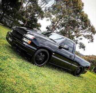 Chev Silverado custom pickup