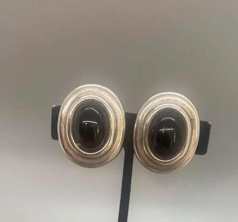 Fantastic Zina Beverly Hills Sterling Silver Black Onyx Cabochon Clip Earrings