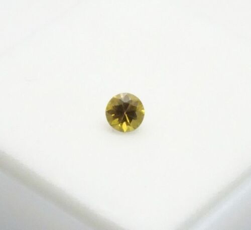 Rare Russian Topazolite Garnet 0.30ct 4mm HORSETAIL Chrysotile Russian Andradite