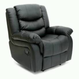 Leather Manual Recliner in Black