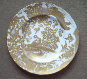 WANTED!!  ROYAL CROWN DERBY CHINA DINNERWARE IN THE AVES GOLD PA