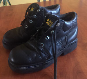 **LADIES BLACK CAT WORK BOOTS FOR SALE-SIZE 7.5**
