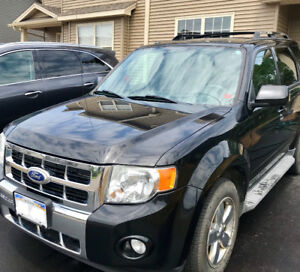 2010 Ford Escape Limited - Low KM - AWD V6-