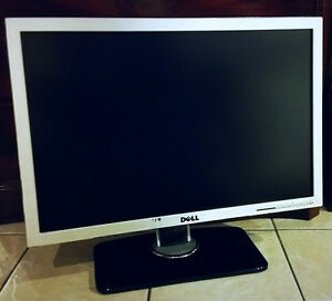 Dell UltraSharp 2707WFP 27-inch Widescreen 1080p Monitor