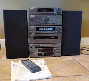 Pioneer Bookshelf Stereo System - Speakers Amp Equalizer Etc