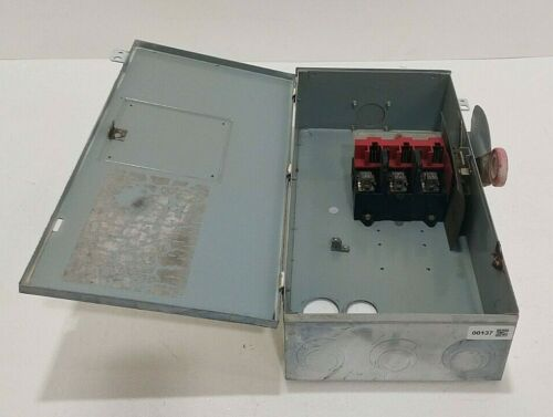 CH Cutler Hammer 100 Amp Disconnect Eaton Safety Switch 600 Volt Un-Fused