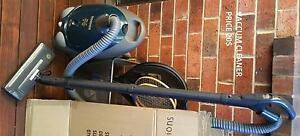 Used vacuum cleaner Brooklyn Park West Torrens Area Preview