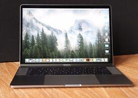 "Apple Macbook Pro 15"" Touch Bar - Intel Core i7 - 16GB RAM - 512GB SSD - Retina - Radeon Pro 450 GPU"