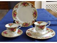 Royal Albert Old Country Roses Design pairs of teacups and saucers plus pair of dessert plates.