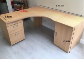 LARGE CORNER DESK WITH CUPBOARD AND DRAWERS – ONLY £60