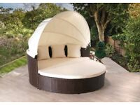 **FREE UK DELIVERY** Rattan Daybed with Hood and Cushions - OVER 50% OFF!