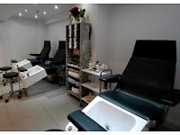 Experienced Beautician-Brazilian wax with hot wax essential