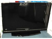 "Toshiba 32"" LCD TV / Television model 32BV700B - repair or spares"
