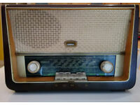 Vintage Eumig 3D valve radio - Type 385W MW/LW/VHF
