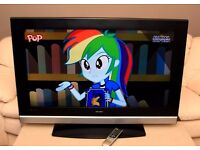 """Very nice 40"""" LCD TV, fully working."""