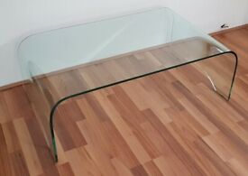 CURVED EDGE GLASS COFFEE TABLE - L=110cm / W=66cm / H=39cm - VGC