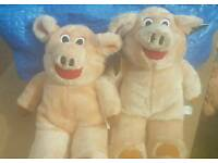 2 new with tags cheeky piggy teddys only £2: