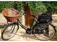 IMMACULATE Ladies Black Pashley Princess Sovereign Bike / Bicycle