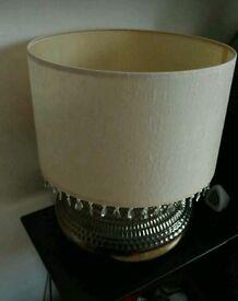 Lamp with zircone