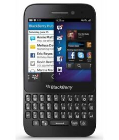 Blackberry Q5 Unlocked to any network in good condition