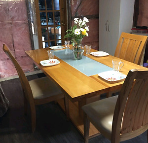 Solid Maple Harvest Table with 6 Leather Seated Chairs