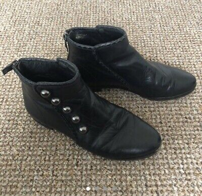 House Of Harlow Black Leather Ankle Boots With Spuds Size 4