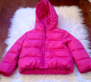 """Girls size 5T hot pink """"Children's Place"""" hooded puffer coat!!!"""