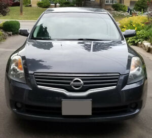 2008 Nissan Altima, 4door sedan, 2.5s, automatic 120k