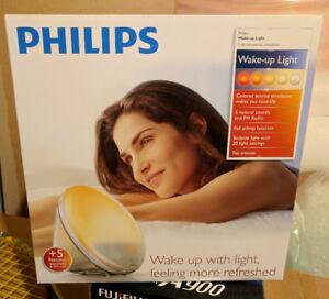 BRAND NEW IN BOX Philips HF3520 Wake-Up Light