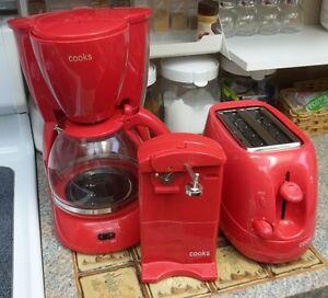 Retro Style Kitchen Counter Appliances