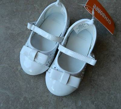Shoes Gymboree,Tea & Cake Party,white ballet flats,bow atop,sz.6,7 toddler