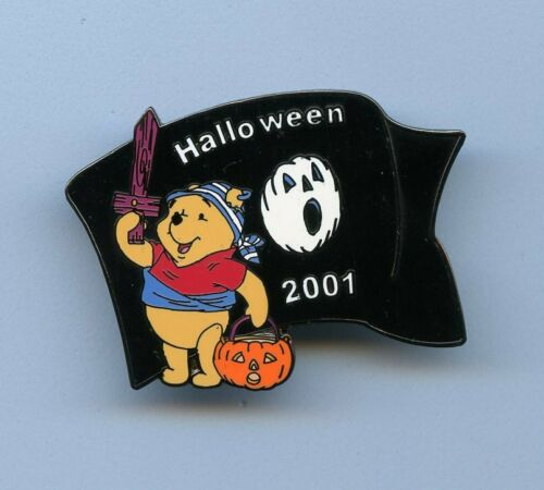 Disney Auctions Halloween Winnie the Pooh as Pirate with Flag LE 100 Pin